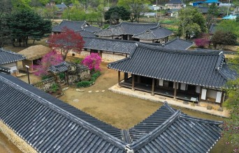 정읍시, 소담한 봄 내려앉은 '김명관 고택'